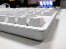 Xiaomi Yuemi Mechanical Keyboard side shot