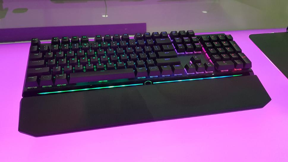 MasterKeys MK750 at Computex