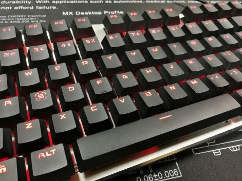 Fuhlen G87 Close up Keycaps