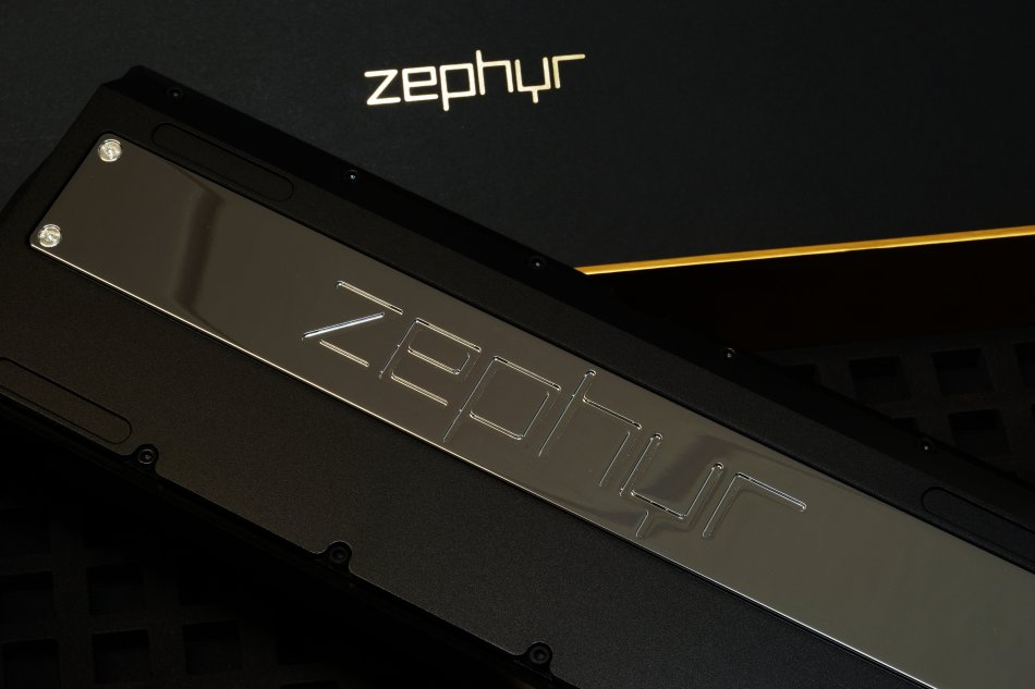 Zephyr_Onyx_Black_Back